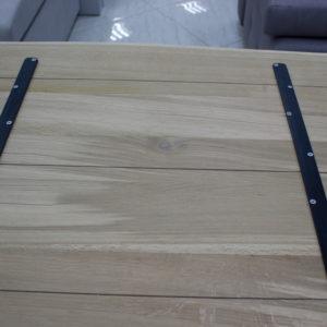 tillbaka trä bordsskiva