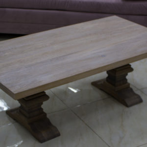 moderna soffbord i ek och glas