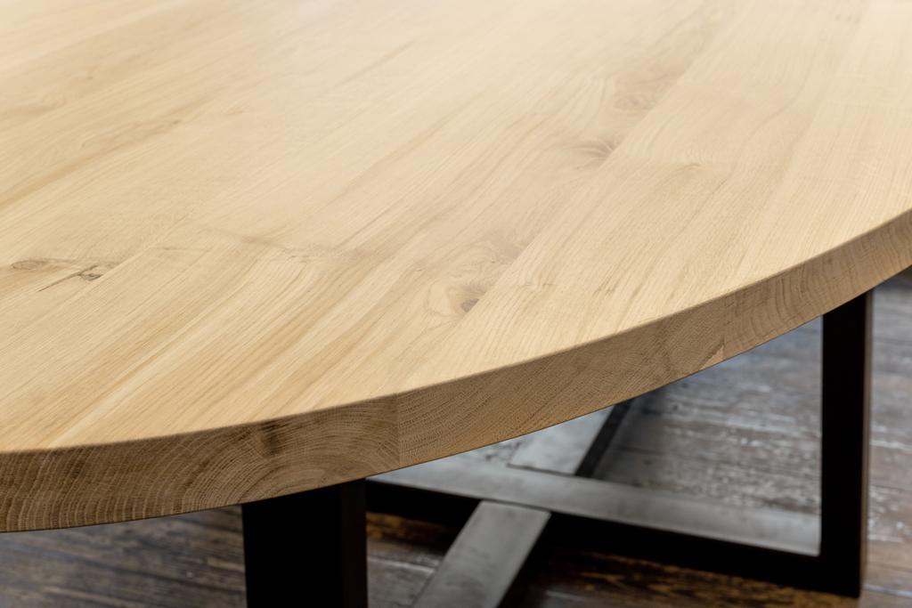 oavslutade bordsskivor i trä till salu